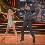 """کفش های """"Dancing With The Stars"""" نلی برای دریافت 50 هزار دلار برای خیریه"""